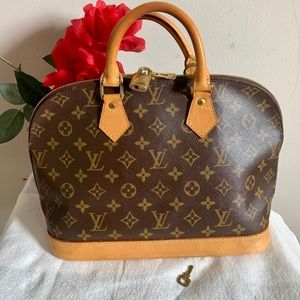 💯%Authentic Louis Vuitton Alma ❤️❤️😍